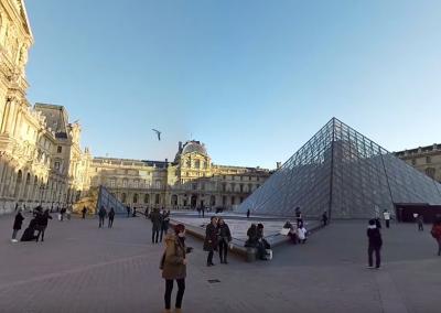 Virtual Guided Tour of Paris : Louvre & Palais Royal