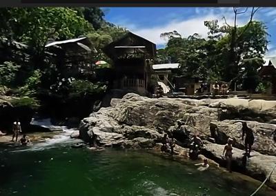 Laguna Azul (Guaysayacu)